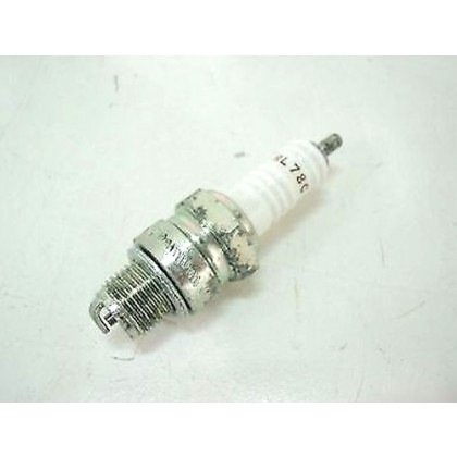 Piaggio Ape Spark Plug - 438049