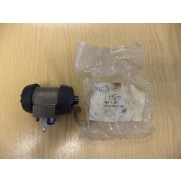 GENUINE ORIGINAL RELIANT SCIMITAR 2.8 GTE/GTC REAR WHEEL CYLINDER 91727