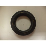 RELIANT ROBIN LATER TYPE FRONT GEARBOX OIL SEAL 32331